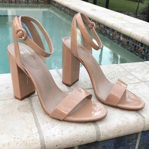 Women's chunky high heel nude size 10